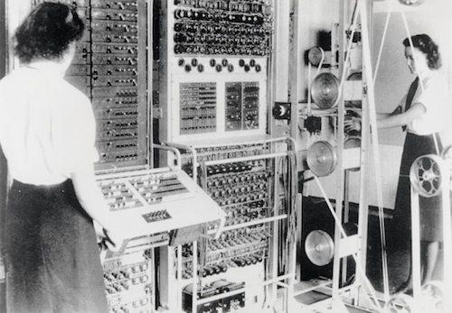 4. Colossus Computer GÇô 1943